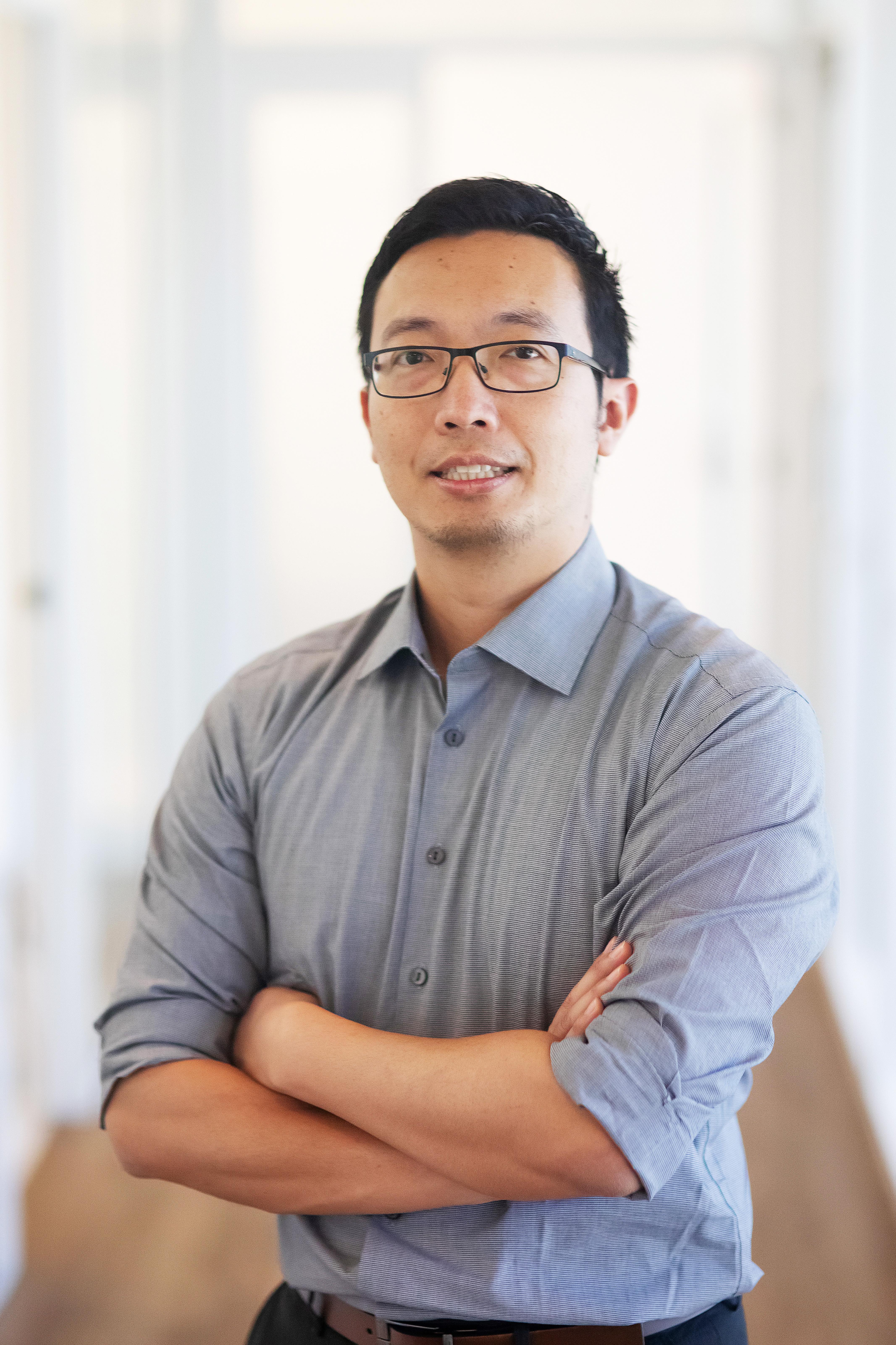 Dr David Chen